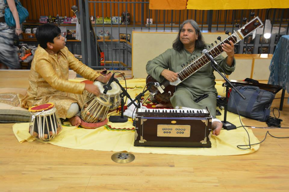 Ustad Nizami Performs at GRANDFATHER GANDHI Event